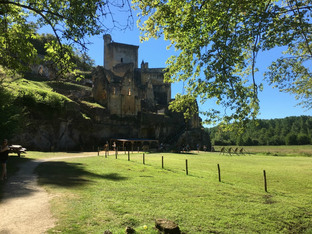 Chateau de Commarque , Castle in the Dordogne