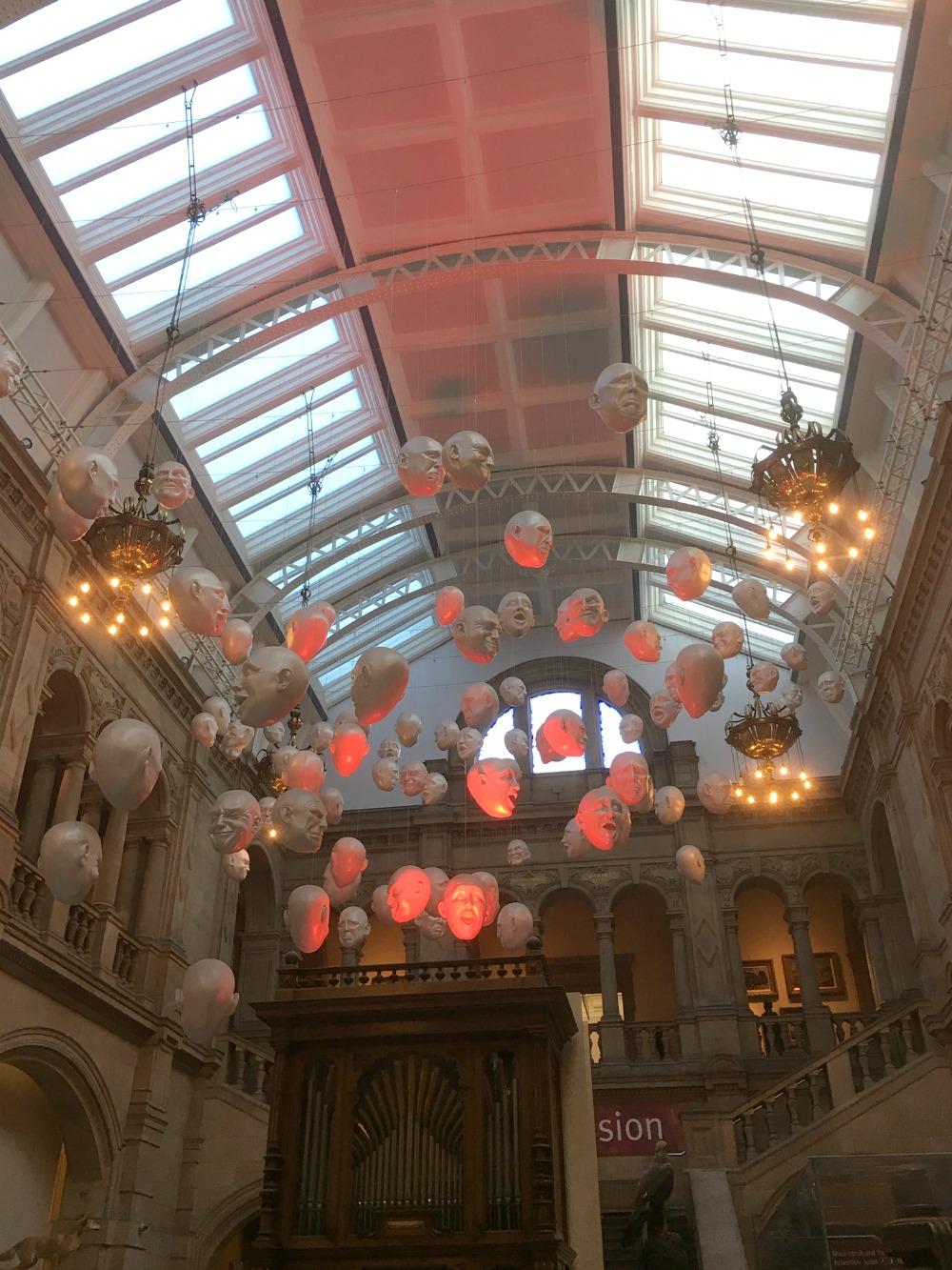 Glasgow - Kelvingrove Museum, hanging heads