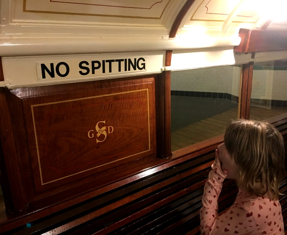 Glasgow - Subway in the Riverside Museum, No spitting sign